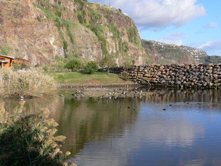 Lagoa_do_Lugar_de_Baixo_Madeira