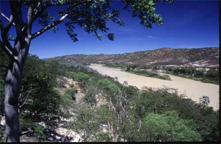 Namibia_Kunene_River_Ruacana