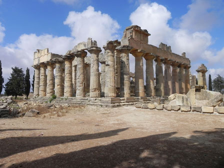 Temple_of_Zeus_Cyrene_Libya
